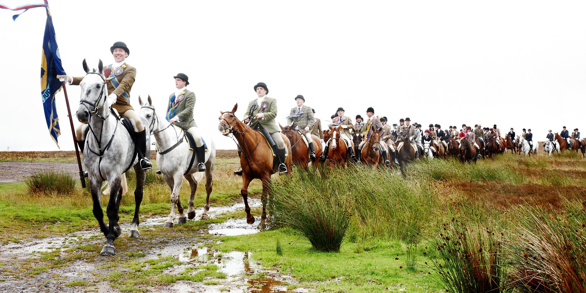 駈け抜けるスコットランドの誇り_町を守り抜いた、ローダーのコモン・ライディング。